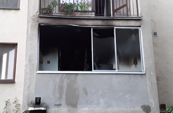 Při požáru bytu na Břeclavsku zemřela starší žena a její pes