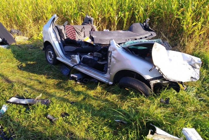 Při střetu osobního vozu s kamionem na Hodonínsku zemřeli dva muži