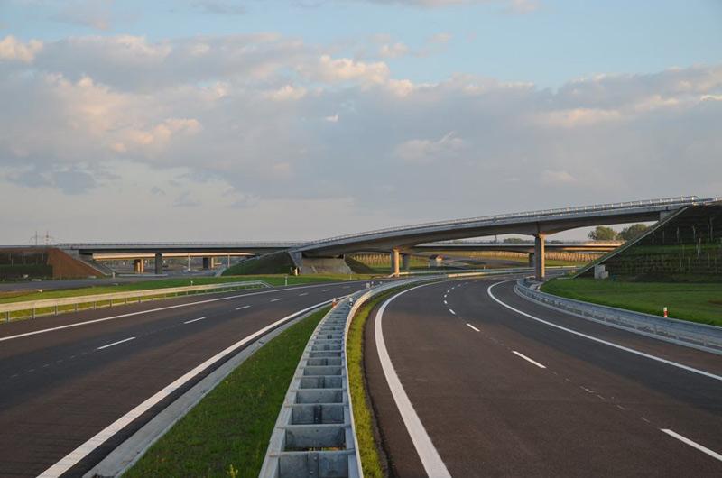 Končí stavební sezona na dálnici D1, modernizace skončí na podzim příštího roku