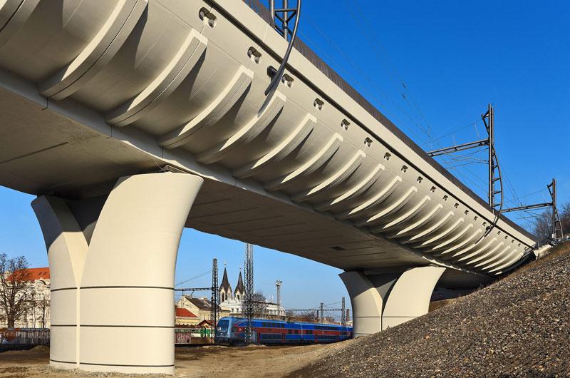 Správa železnic prověřuje stav železničních mostů