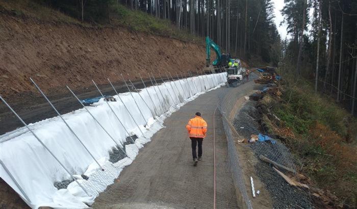 Cestáři letos na Vysočině opravili stovky kilometrů silnic a desítky mostů