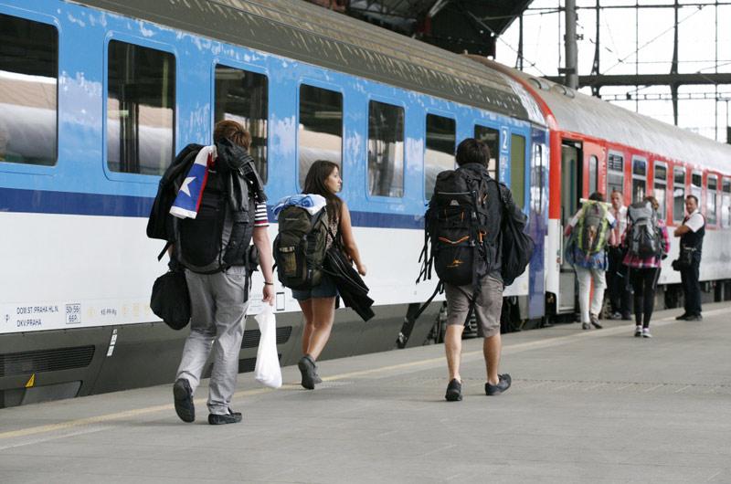 V krajích začíná postupná obnova regionální dopravy
