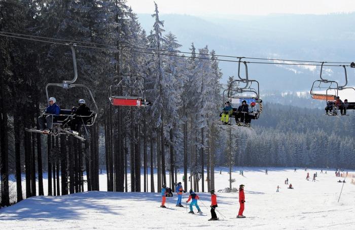 Provozovatelé skiareálů mohou žádat o pomoc z programu COVID - Sport III Lyžařská střediska
