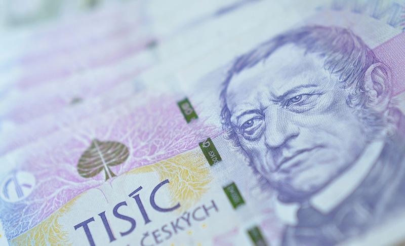 Nový kompenzační bonus pro OSVČ a malá eseróčka  se zdvojnásobí na 1000 korun