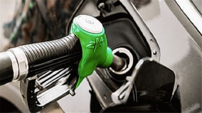 Covid mění preference zákazníků, rostou prodeje benzínových SUV a naftových sedanů
