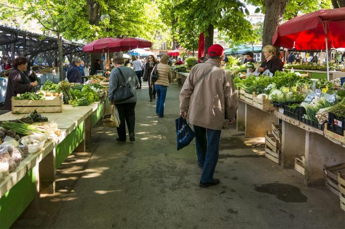 Uzavřené trhy: farmáři nemají kde prodávat. Jejich zástupci žádají okamžité zrušení diskriminace