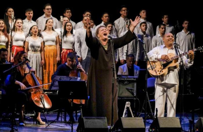 Ida Kelarová a Česká filharmonie koncertují k Mezinárodnímu dni Romů