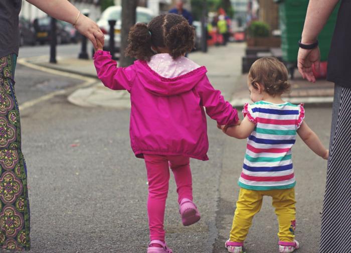 Šance pro děti bez domova na náhradní rodinu se v Libereckém kraji opět zvýšila