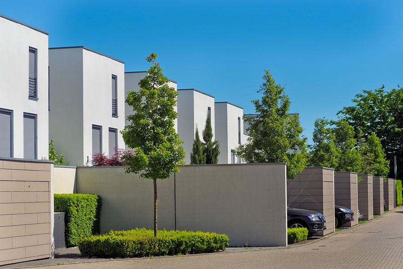 Domy a byty na prodej jsou jistou investicí i v pohnuté době