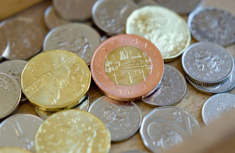 Státní dluh stoupl v prvním čtvrtletí o 370,2 miliardy korun na 2,42 bilionu korun