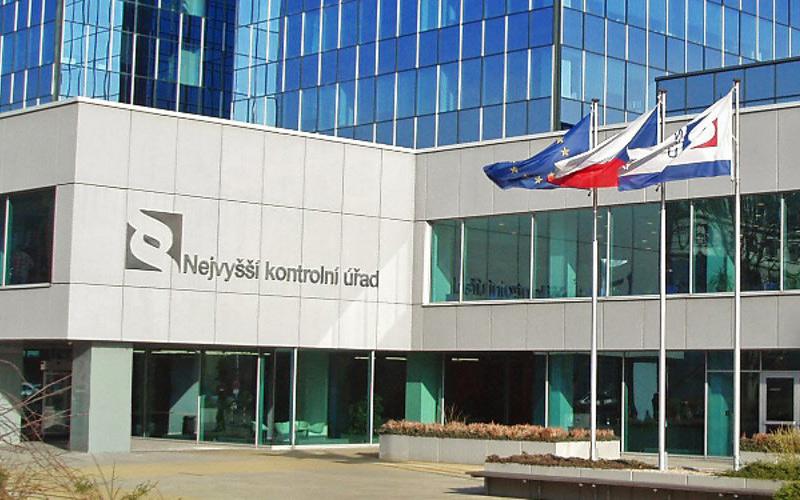 NKŮ: Stát ani po letech neví, jak ČR pomohly investiční pobídky ve výši 75 miliard