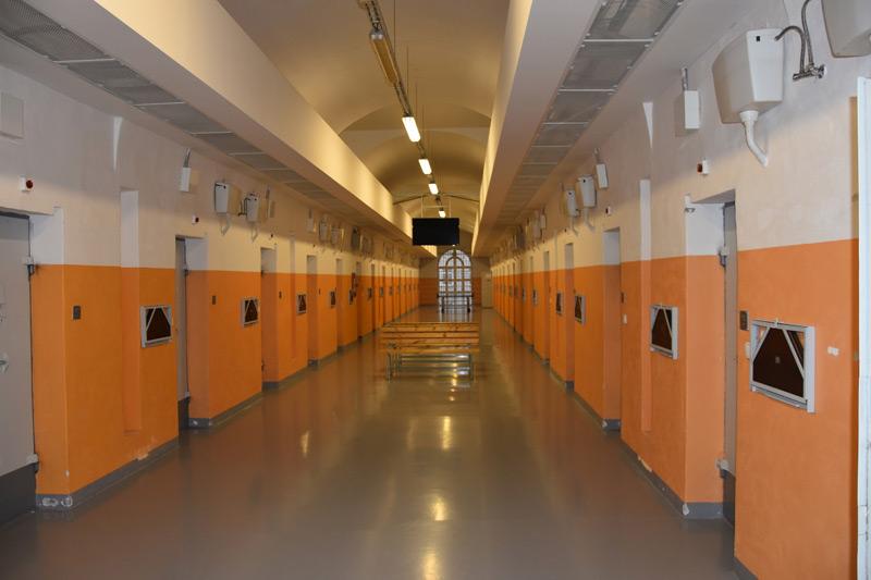 Smrt odsouzeného v plzeňské věznici nebyla vraždou, uzavřela policie