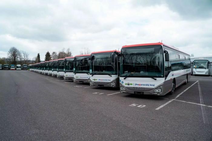 31 nových bezbariérových autobusů vyjede v létě v Jihomoravském kraji