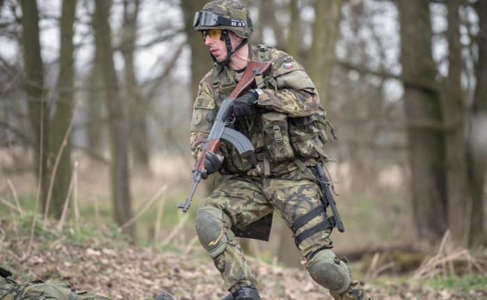Armáda obnovuje prezenční výcvik aktivní zálohy