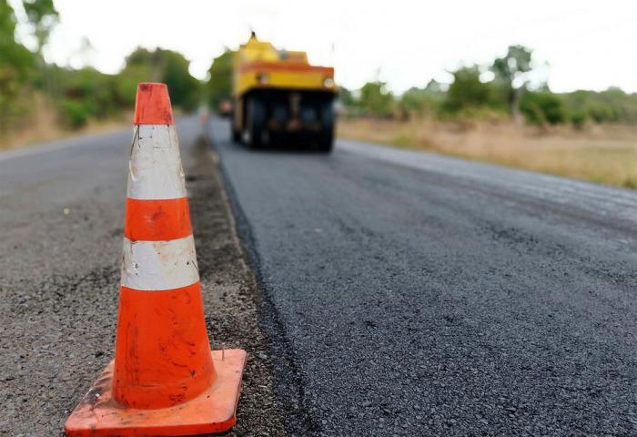 Na královéhradeckých silnicích začnou platit další úplné uzavírky z důvodu rekonstrukcí silnic a mostů