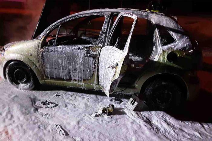 Požár osobního vozu v Pístově způsobil škody za 50 tisíc korun