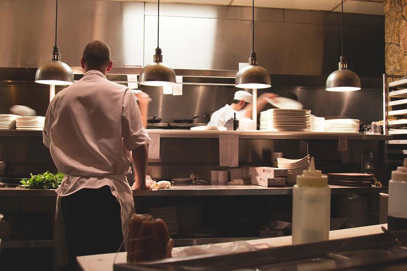 Pravidla pro restaurací považuje Hospodářská komora za velmi problematické