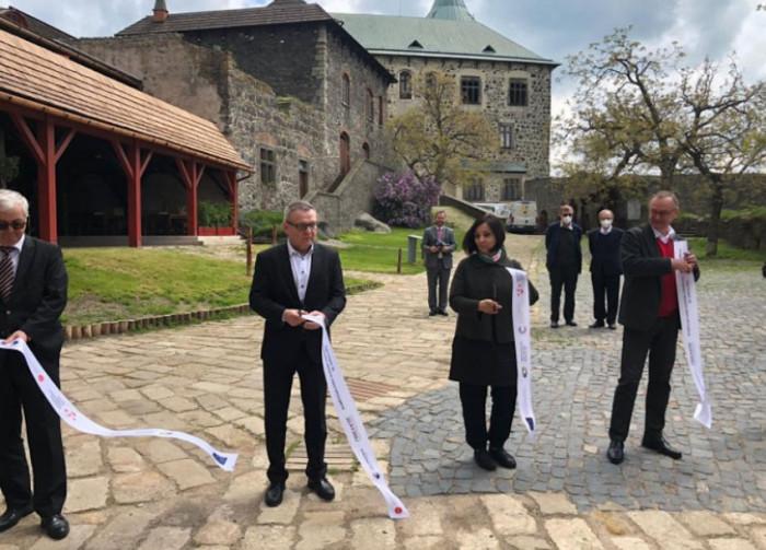 Na Kunětické hoře byla dokončena významná stavební obnova připomínající odkaz architekta Dušana Jurkoviče