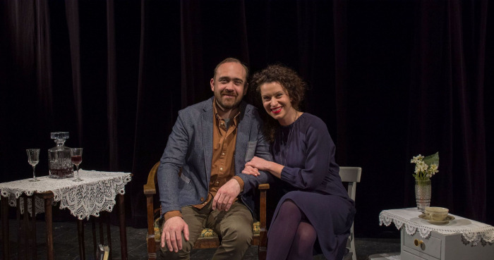 Vršovické divadlo MANA slaví devadesátiny a zve na letní divadelní premiéry