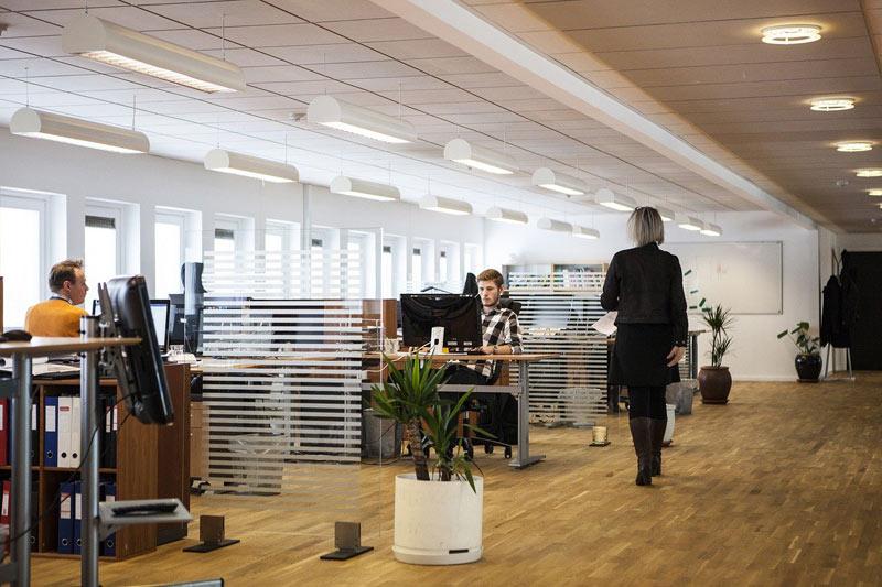 Problémy se sháněním zaměstnanců hlásí 96% českých firem
