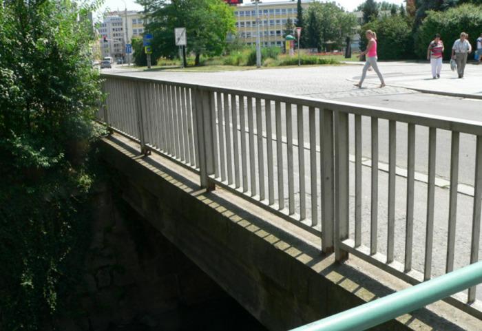 V Českých Budějovicích uzavře oprava most v ulici Karla IV.