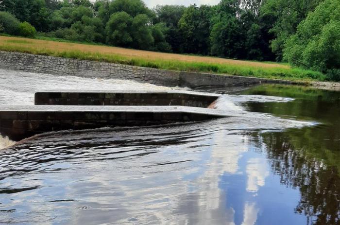 Žena se topila pod jezem na řece Otavě. Záchranáři ji oživili po 20 minutách