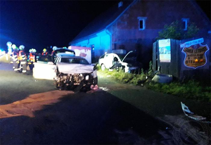 Pět osob se zranilo při nehodě dvou vozidel v Hradci nad Svitavou