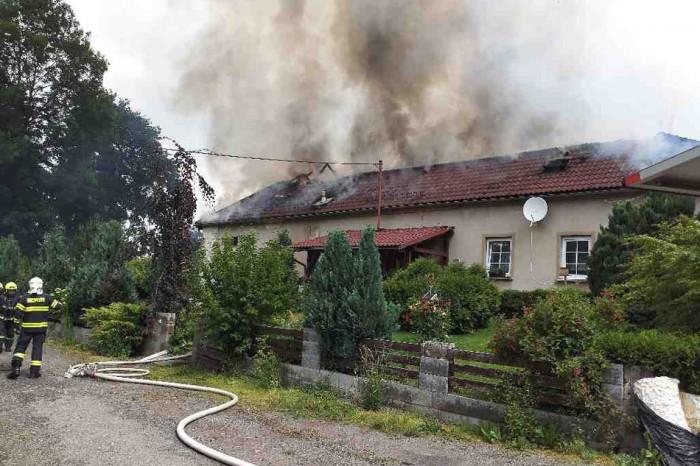 Požár zničil stavení, škoda přesáhla čtyři miliony koruny