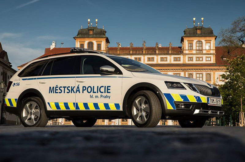 Kriminalisté řeší případ napadení řidiče taxi