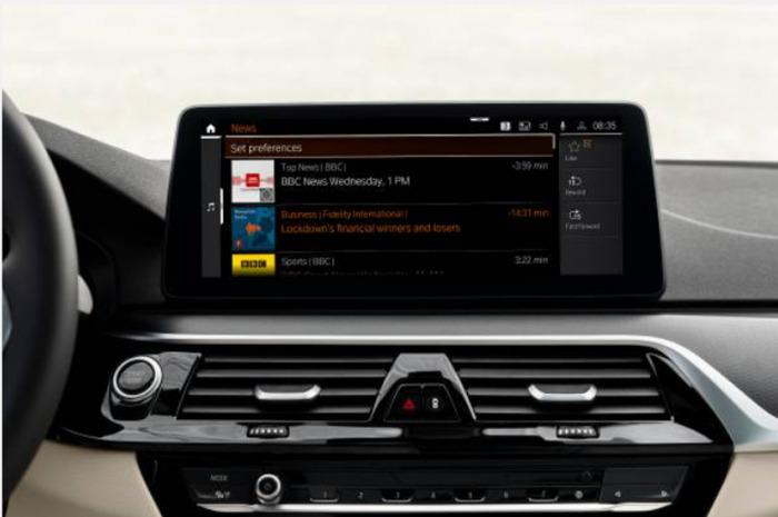 Zpravodajský kanál ve voze: Zprávy v reálném čase s novou aplikací BMW News