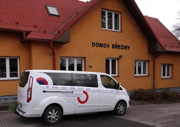 Začíná revitalizace Domova Březiny, jeho klienti budou bydlet v pasivních domech