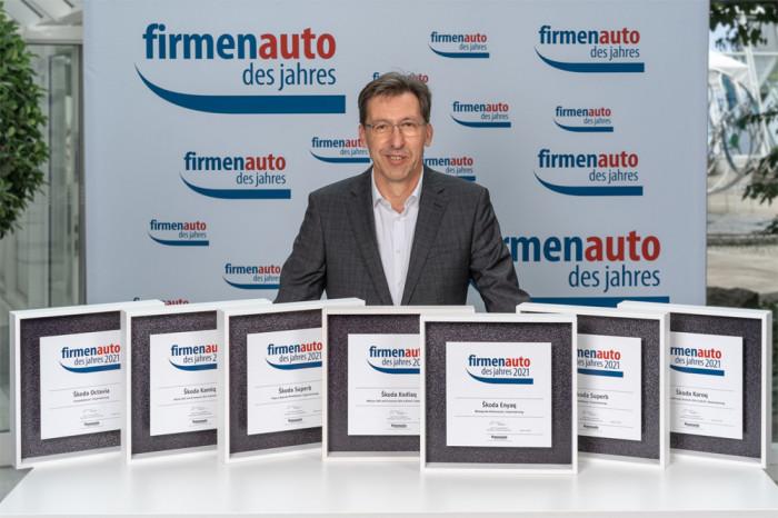 ŠKODA AUTO získala sedm titulů v anketě Firemní auto roku 2021