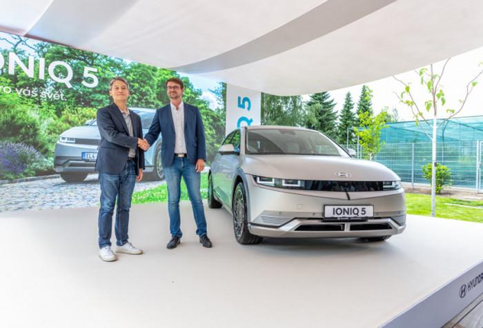 Hyundai se stává generálním partnerem Botanické zahrady hl. m. Prahy
