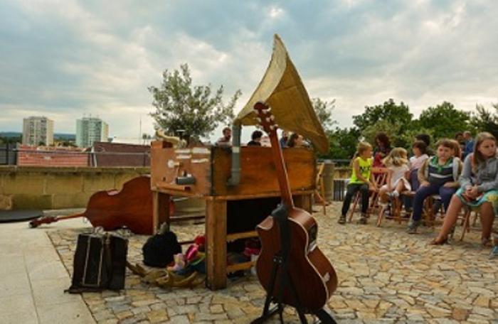 V Chrudimi začíná 30. července 2021 multižánrový festival Bez nití