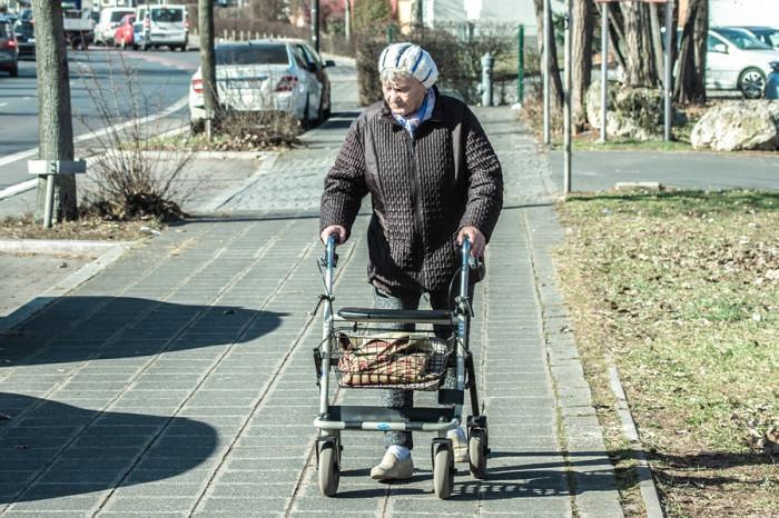 Nevyléčitelná Alzheimerova choroba postihuje už čtyřicátníky. Nepodceňujte prevenci