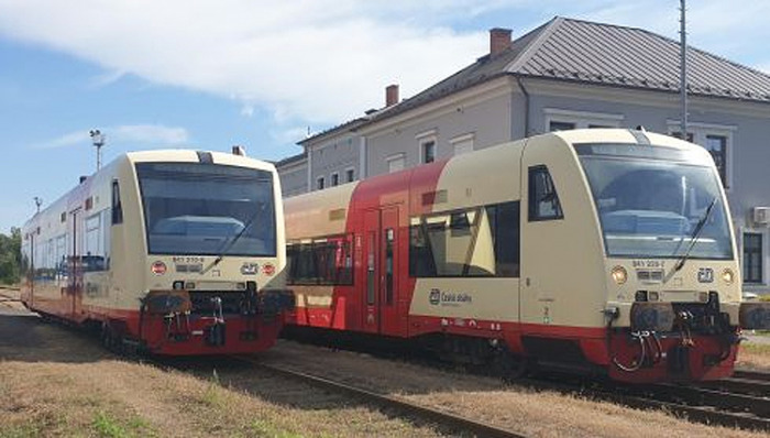 Vlaky RegioSpider vyjely na trať z Postoloprt do České Lípy
