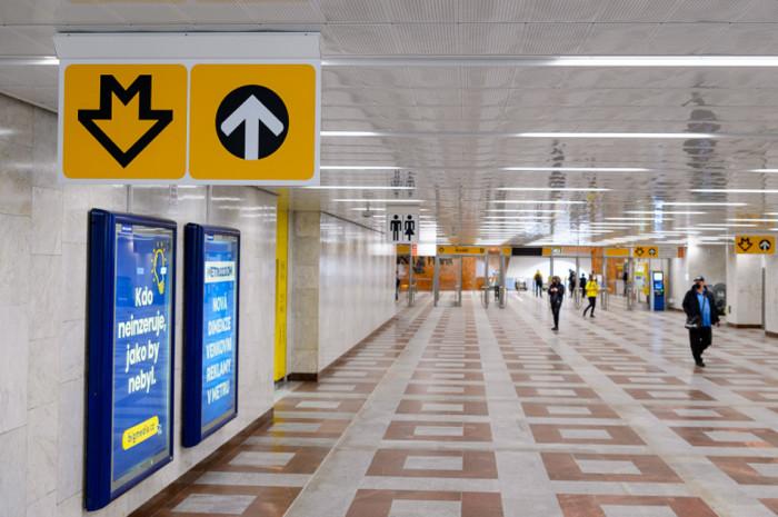 Zmodernizovaný vestibul Na Knížecí ve stanici metra Anděl opět slouží cestujícím