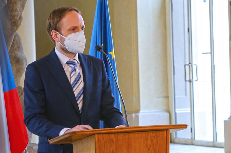 Ministr Kulhánek oficiálně požádal o omluvu Skotské fotbalové asociace za nemístné útoky na české děti