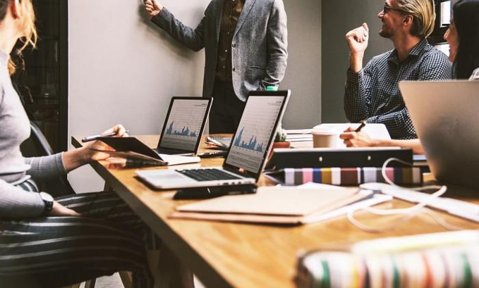 Ministerstvo průmyslu a CzechInvest podpoří technologickou inkubaci 250 inovativních start-upů