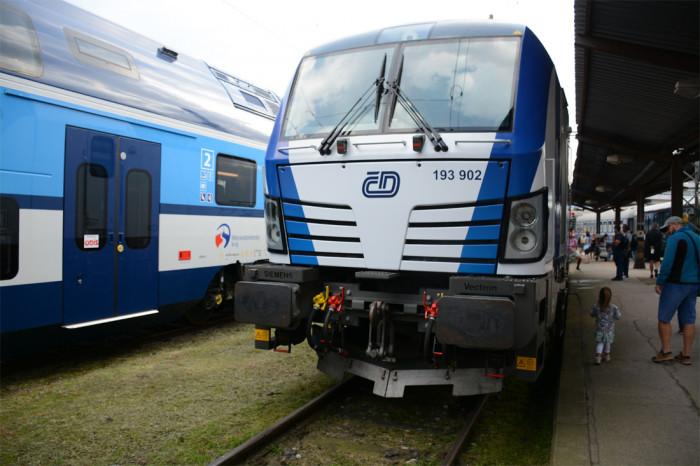 Rychlík Vysočina v lepší kvalitě, ministerstvo dopravy vypsalo soutěž na linku R9