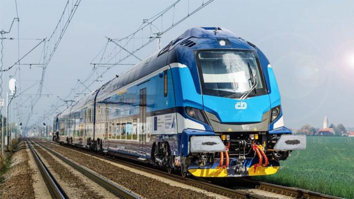 Budeme společně rozvíjet železniční dopravu, podepsali ministr Havlíček a hejtman Vondrák