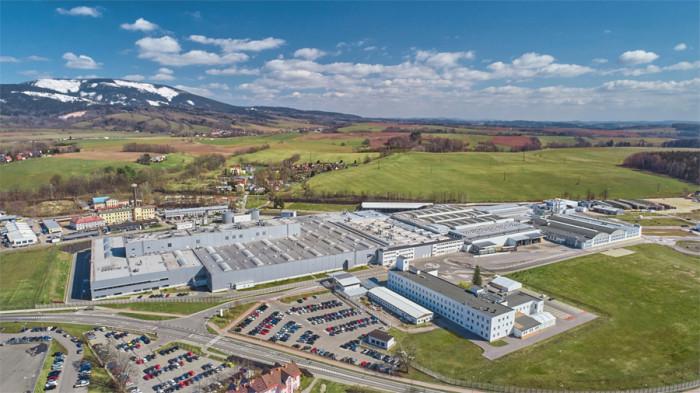 Závod na výrobu komponentů ŠKODA AUTO ve Vrchlabí vyrábí od konce roku 2020 CO2 neutrálně