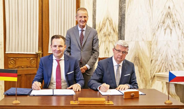 Nejen gigafactory může pomoci automobilovému průmyslu v České republice