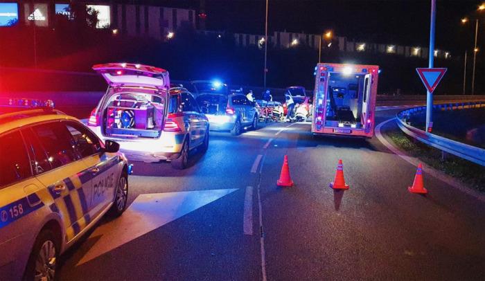 Duchapřítomný muž se zasloužil o záchranu života řidiče, který zkolaboval ve svém voze