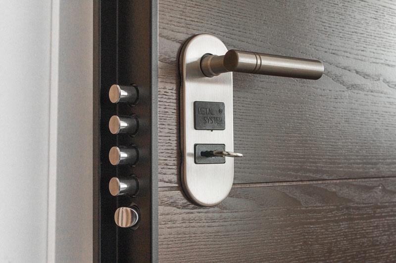 Bezpečnostní dveře jsou nutností pro každou domácnost