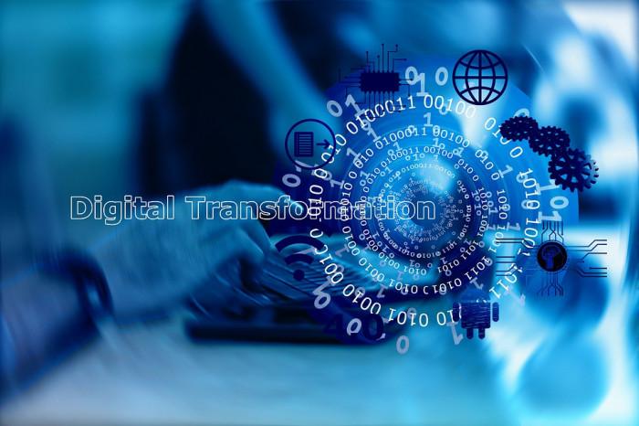Podle průzkumu Svazu průmyslu a dopravy digitalizace firem sílí