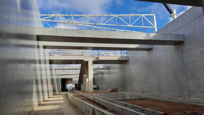 Stavba největšího tramvajového tunelu v Česku navzdory komplikacím vstupuje do třetí třetiny