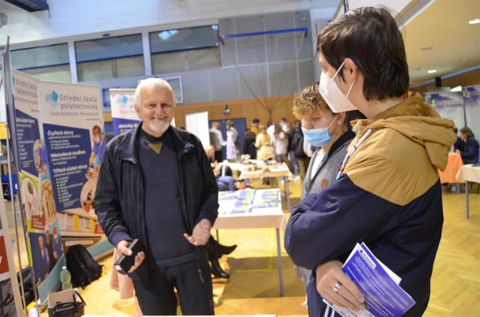 Zájem o účast na burzách škol v jižních Čechách zvýšila roční covidová odmlka