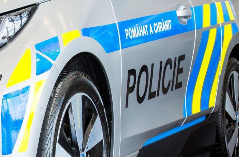 Při nehodě kamionu na Horažďovicku došlo z poškozené nádrže k úniku 150 litrů nafty na přilehlou louku