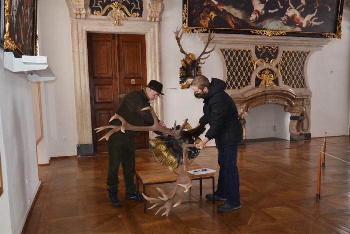 Myslivecké slavnosti přivezou do Prahy historickou trofej ohradského šestadvacateráka